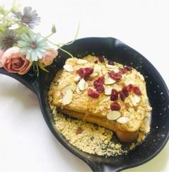 100% 쌀로만든 글루텐프리 식빵과 쫄깃하고 고소한 인절미로 만든 [ 인절미토스트 ] (최소구매수량 9봉)